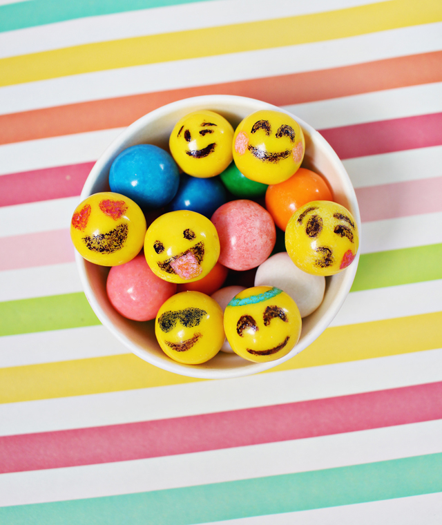 emoji-party-gumball-party-food2