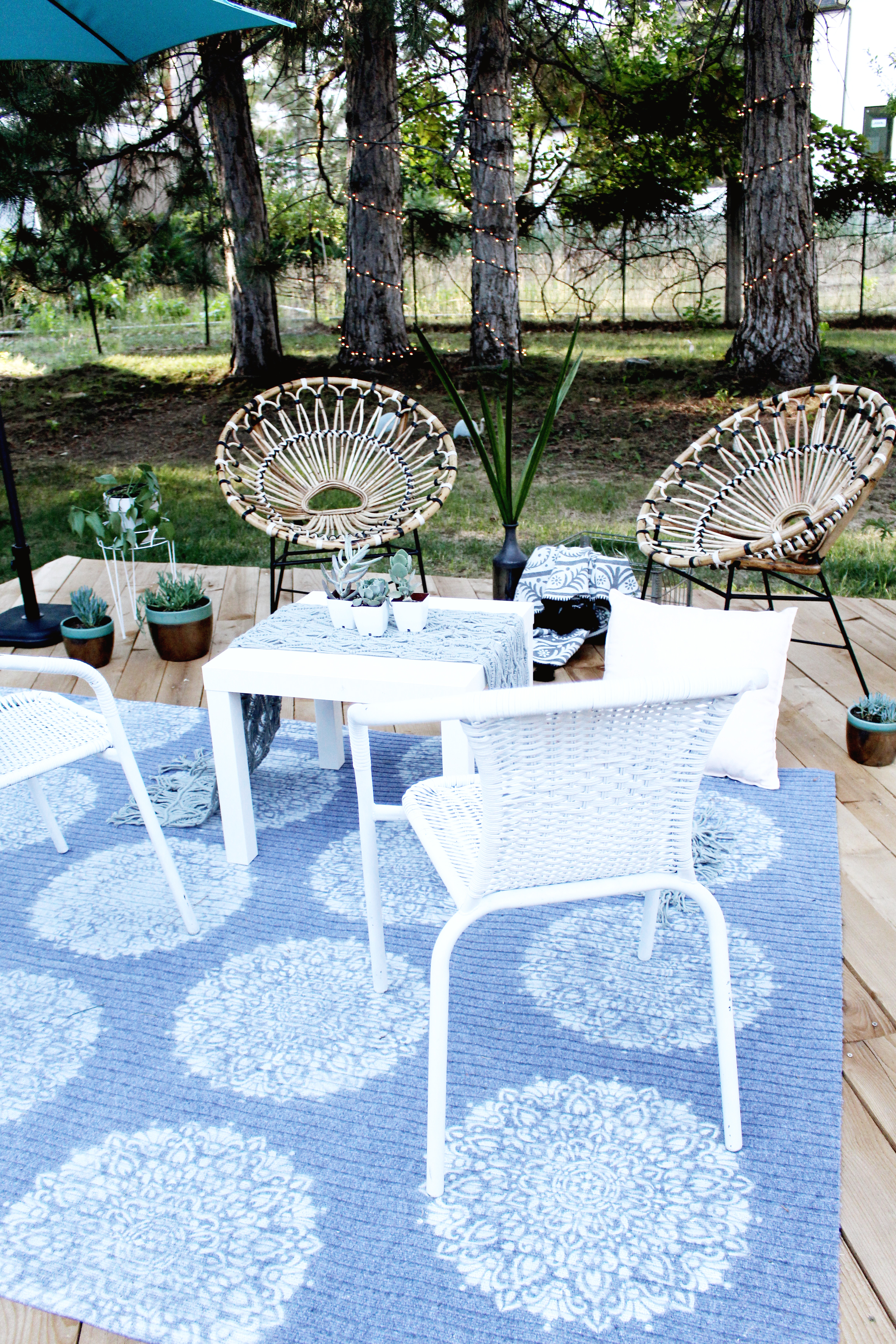 Diy Outdoor Rug With Spray Paint And Stencil Revolution A